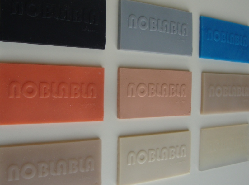 Samples in rubber : siliconen rubber en PU rubber.
